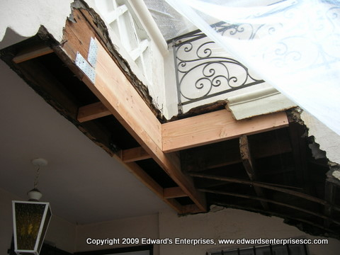 Water/flood loss from a leaking staircase landing repaired: Edward's Enterprises Renovations.