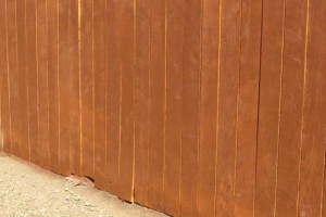 Carpentry Fence Stain Refinish - Carpentry