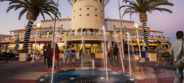 Fountain in front of the Pacific View Mall in Ventura
