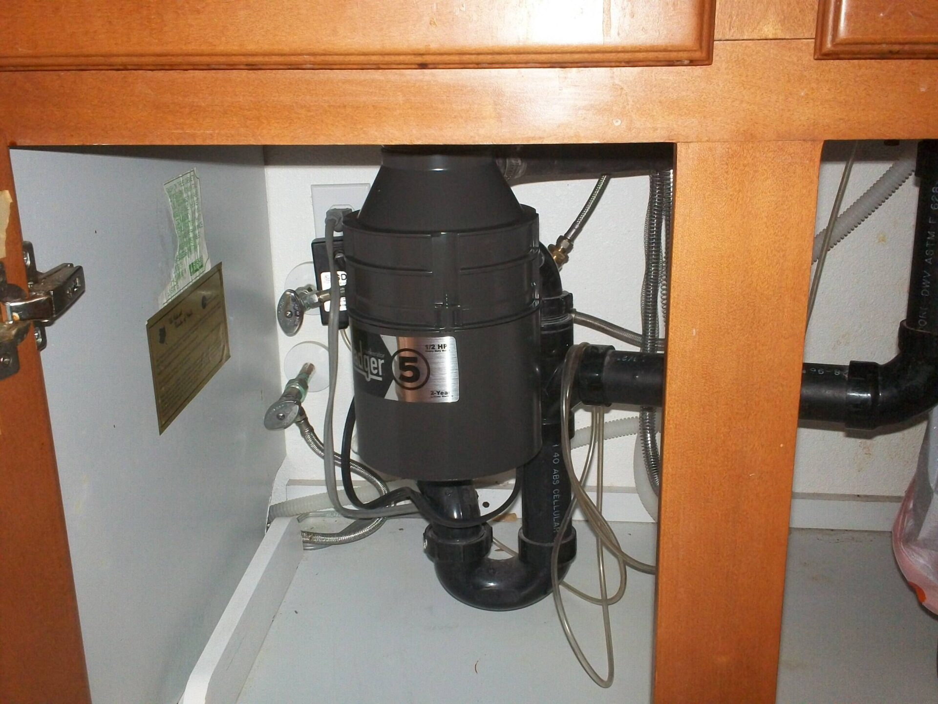 Garbage Disposal Repair Amp Garbage Disposal Installation Plumbing